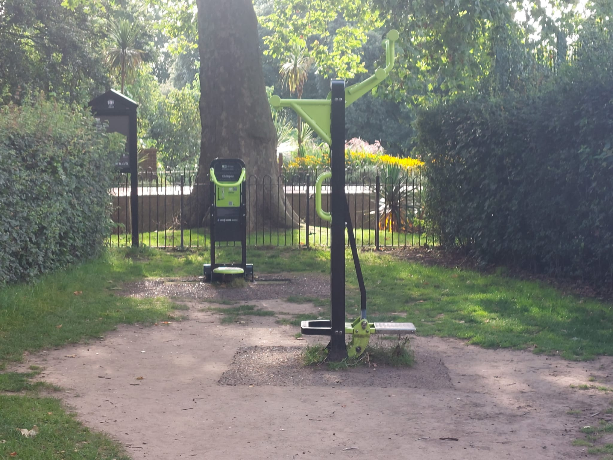 more Outdoor gym photos workout at West Ham Park | Stratford | Personal Trainer Tips