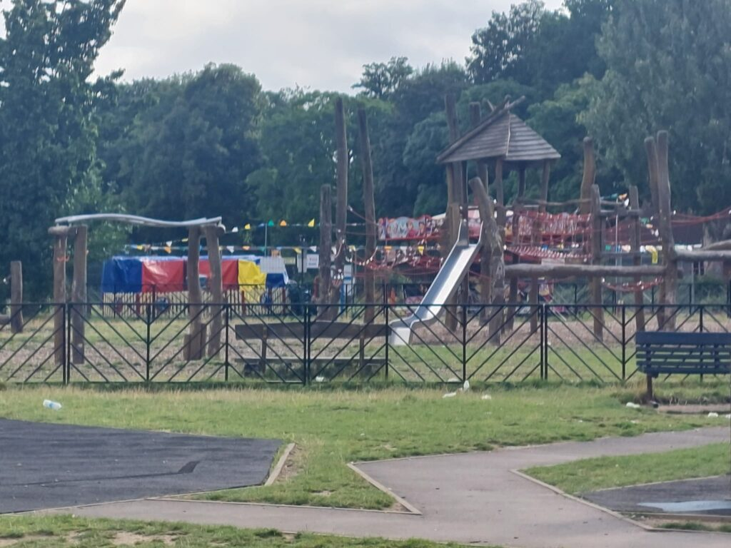 Children's play area at Valentine's Park | Personal Trainer Tips | DBworkouts.co.uk