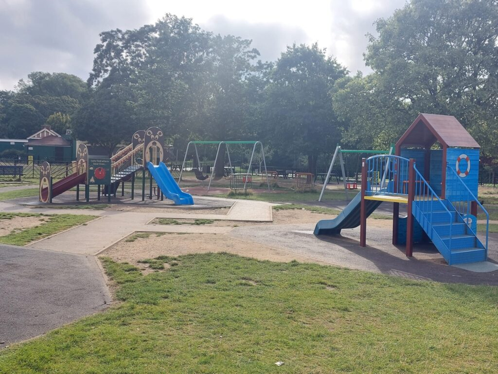 Slides in the children's play area at Valentine's Park | Personal Trainer Tips | DBworkouts.co.uk
